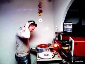 15/04/10 - Vinil Ninjaz @ Реактор