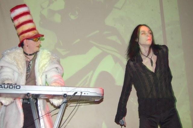 25/02/09 - Презентация дебютного альбома группы Till It Bleeds в клубе Гудвин